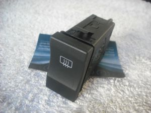 A GENUINE SEAT AROSA  2000-2005 HEATED REAR WINDOW DEMISTER SWITCH  6K0 595 561 B